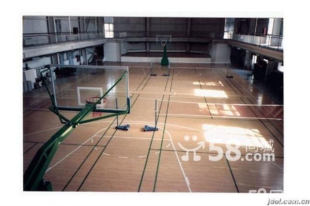 篮球馆木地板;室内篮球场地板;实木篮球地板;篮球馆